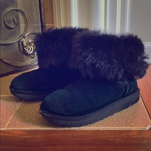 Classic Uggs with Fluff Collar